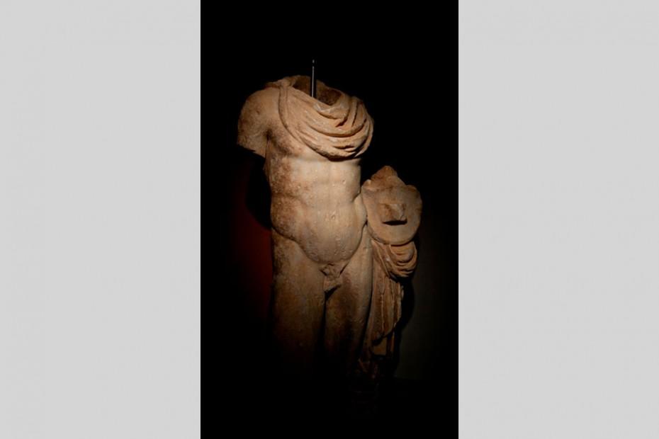 Άγαλμα-Απόλλωνα