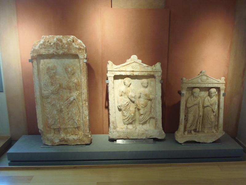 Επιτύμβιες στήλες. Ρωμαϊκοί χρόνοι